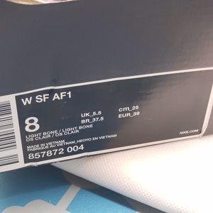 Nike Shoes - 🤩🤩NEW IN BOX WOMENS NIKE AIR FORCE ONE